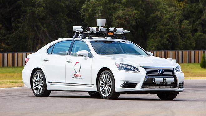 Toyota sürücüsüz otomobil uber