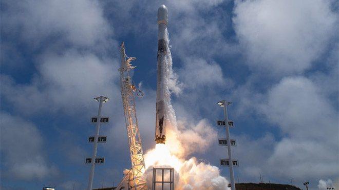 SpaceX Falcon 9 NASA fotoğrafçısı