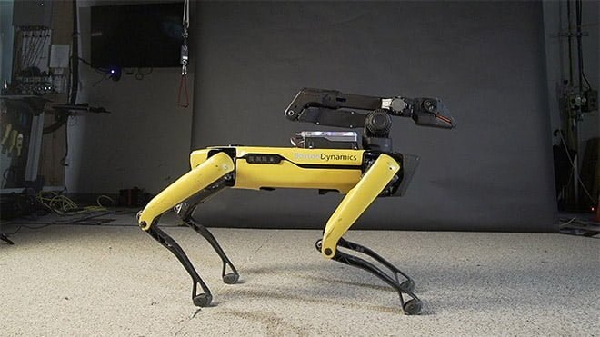 Boston Dynamics robot köpek Spot video