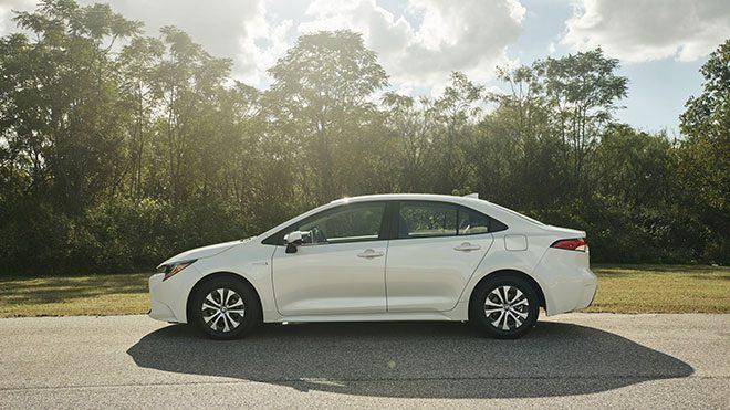 Amerikali 2019 Toyota Corolla Hybrid E Yakindan Bakin Log