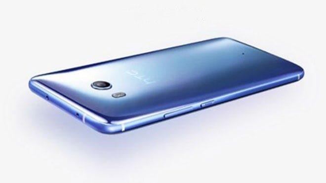 HTC akıllı telefon