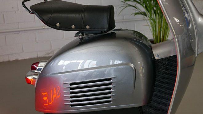Tek tekerlekli elektrikli motosikletMonowheel Z-One dikkat çekiyor Vespa