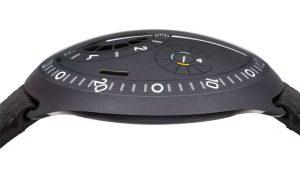 Ressence Type 2 akıllı saat