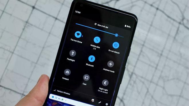 Android Q koyu arayüz Google