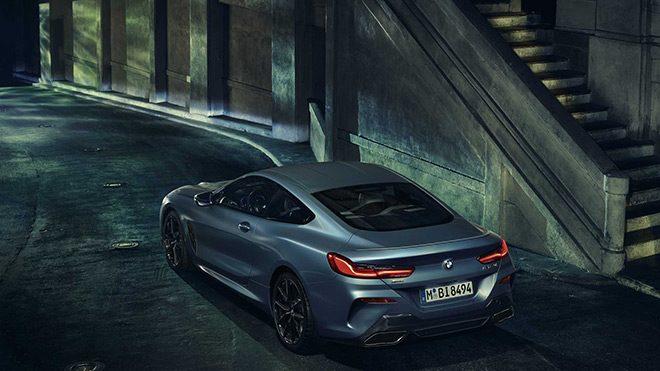 BMW-8-Serisi-First-Edition-back