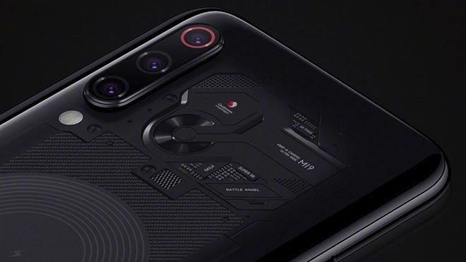 Xiaomi Mi 9 ve Xiaomi Mi 9 Transparent Edition