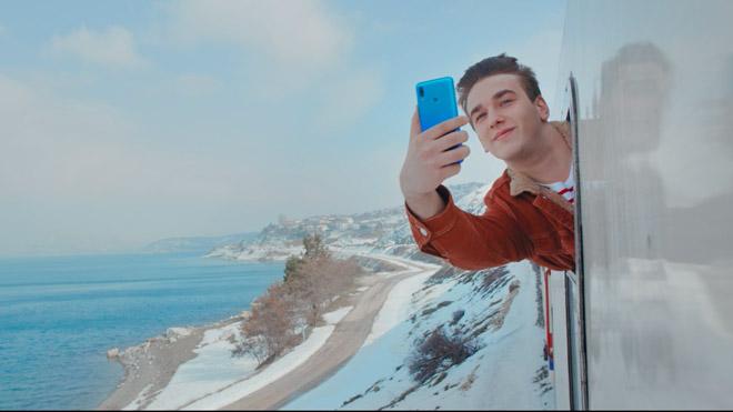 Huawei P smart 2019 reklamı kamera arkası