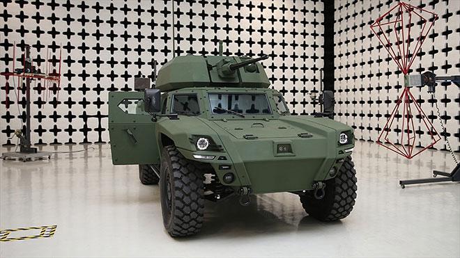 Türkiye'nin ilk elektrikli zırhlı aracı Akrep II