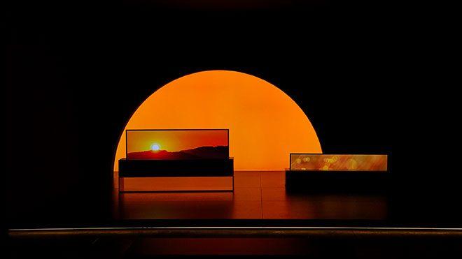Dünyanın ilk kıvrılabilir televizyonu LG Signature OLED TV R (65R9)