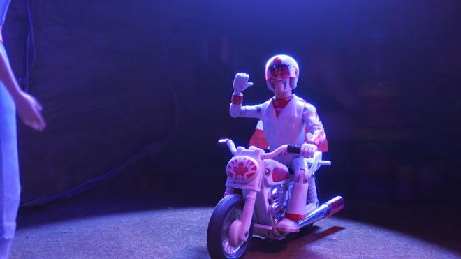 Toy Story 4 Oyuncak Hikayesi 4 Keanu Reeves