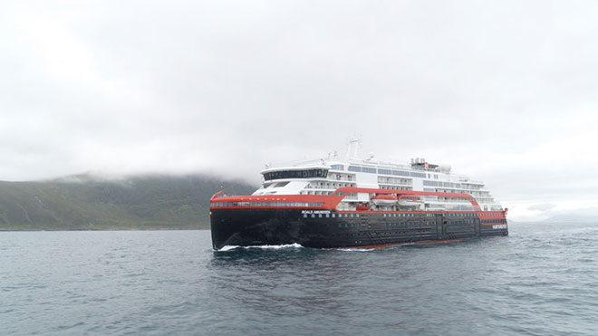 elektrikli gezi gemisi