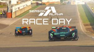 İşte gelecek; dünyanın ilk sürücüsüz otomobil yarış serisi Roborace başladı! [Video]