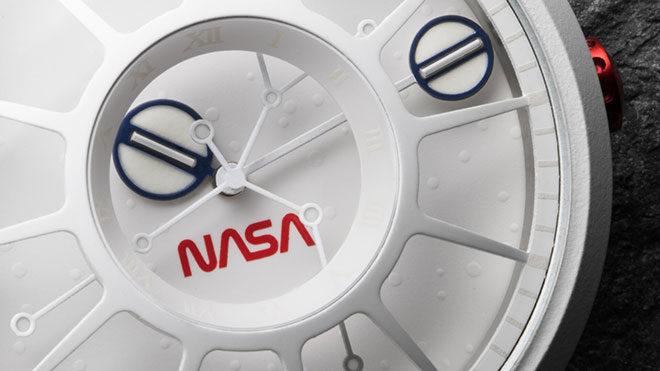 NASA Xeric Trappist-1 NASA Edition saat