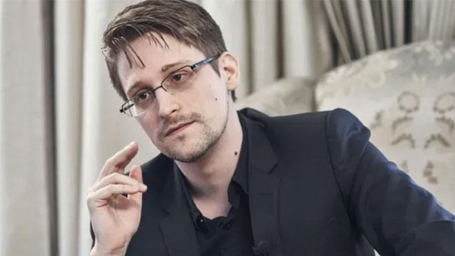 Eski NSA çalışanı Edward Snowden