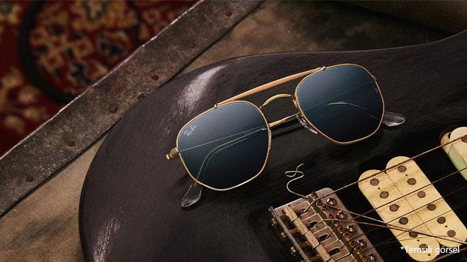 Ray Ban Facebook akıllı gözlük