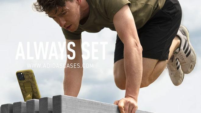 Adidas iPhone 11 ailesi için özel kılıflar