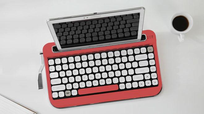 Daktilo tasarımlı mekanik klavye