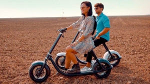 Scooterson Rolley 2, birçok kişi için elektrikli bisiklet ya da elektrikli motosiklet yerine tercih edilebilecek bir elektrikli scooter