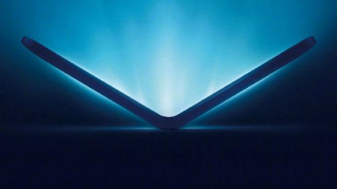 Samsung W20 5G katlanabilir telefon