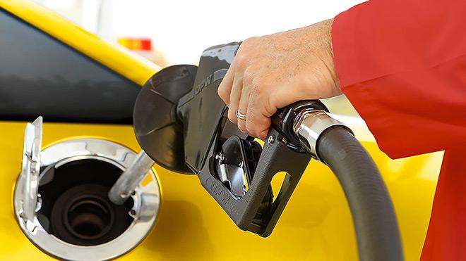 Zamlar durulmuyor; Motorin fiyatlarına yeni zam