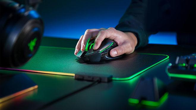 Razer Basilisk Ultimate kablosuz oyuncu faresi