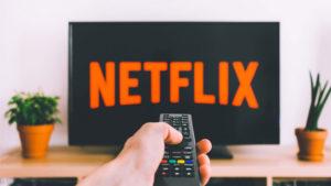 Samsung bazı akıllı TV modellerinden Netflix desteğini çekiyor