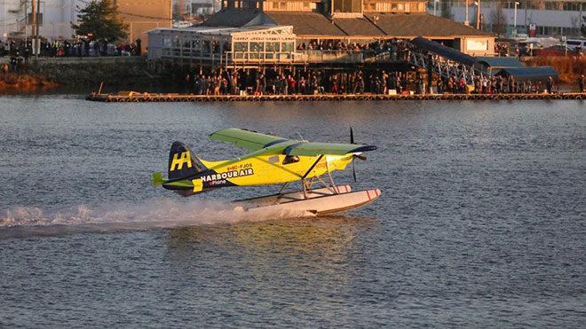 Dünyanın ilk tamamen elektrikli deniz uçağı