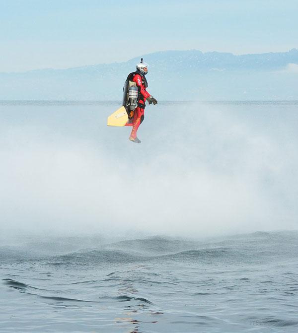 """Jetman"" Yves Rossy jet wing"