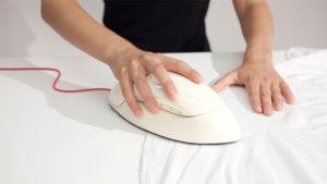 Mouse gibi kullanılabilen buharlı ütü: StraightenME