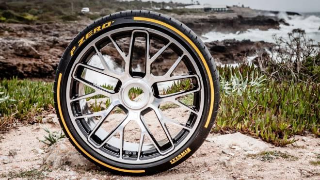 Koronavirüs etkileri; Pirelli 2021 takvimi iptal etti