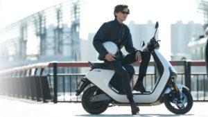 Segway-Ninebot elektrikli motosiklet