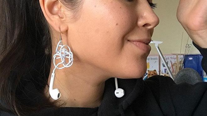 Apple AirPods sonrası küpe olan EarPods modelleri