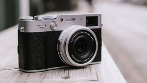 Fujifilm X100V aynasız fotoğraf makinesi