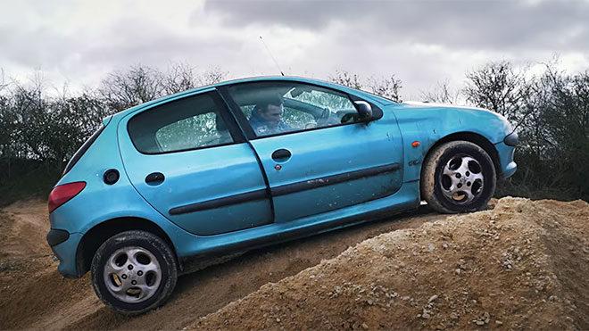 Honda Civic, Ford Focus ve Peugeot 206 ile Off-Road yapmak [Video]