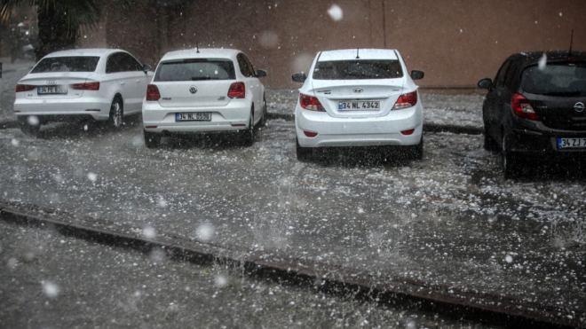 İstanbul dolu yağışı