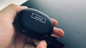 Dynaudio imzalı OPPO Enco X kablosuz kulaklık