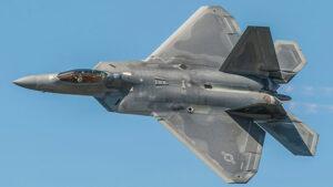 F-22 Raptor savaş uçağı