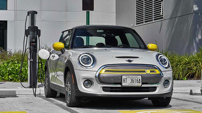 Türkiye'de satılan tamamen elektrikli otomobil modelleri ve güncel fiyatları