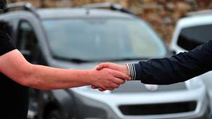 Uzmanlar uyarıyor; İkinci el otomobil satışında usulsüzlük