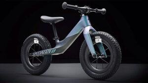 Specialized imzalı karbon fiber bisiklet aşırı