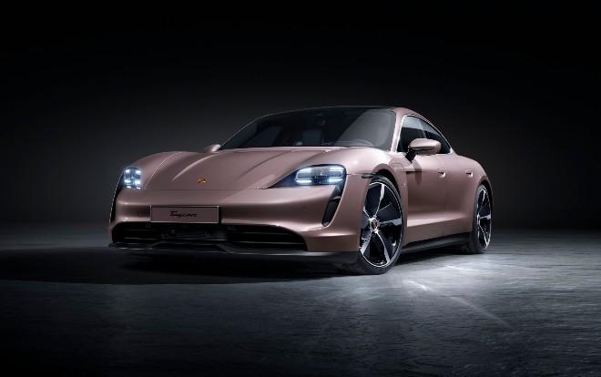 Porsche, Taycan model yelpazesini genişletti