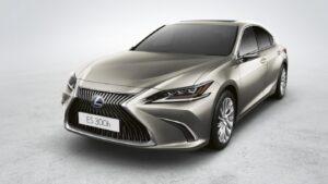 Lexus ES dijital ayna