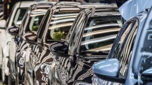 otomobil pazarının 10 yıllık tablosu Kur düşerken otomobil fiyatları neden düşmüyor? İşte cevabı;
