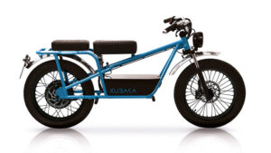 Soydum-iyon pile sahip elektrikli motosiklet