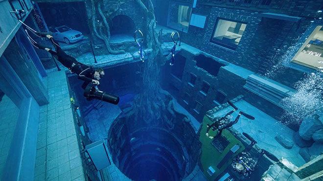 Dubai, yapılan dünyanın en derin havuzu