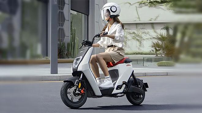 Honda U-BE elektrikli motosiklet