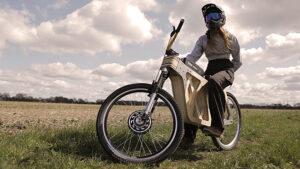 Gövdesi ahşaptan üretilen elektrikli bisiklet ile tanışın [Video]