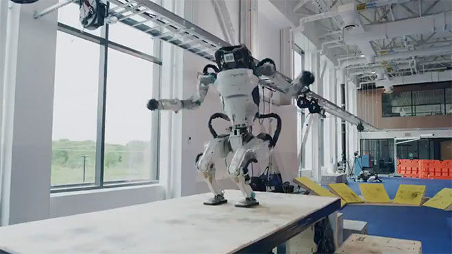 İnsansı robot Atlas, Boston Dynamics