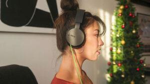 Microsoft, kablolu yeni Xbox kulaklık modelini tanıttı