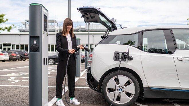 """Bosch cephesinden elektrikli araçlar için """"şarj adaptörü"""" çözümü"""